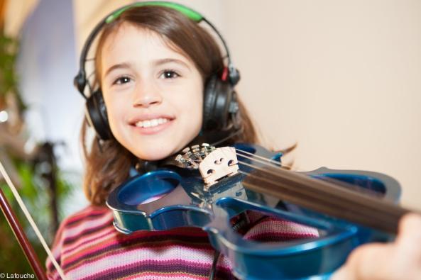 Luce et son nouveau violon électrique