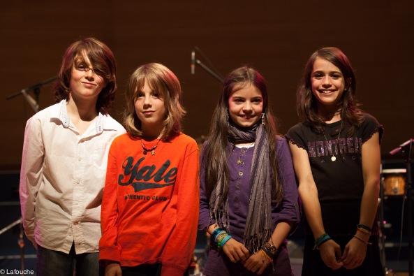 Robin, Delphi, Maïlys et Luce à la fin du concert